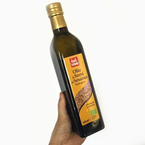 olio di semi di sesamo chiaro