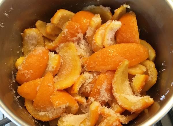 Scorze di arancia candite