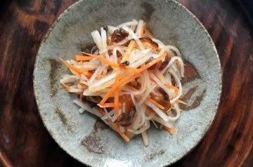insalata di daikon e hoshigaki