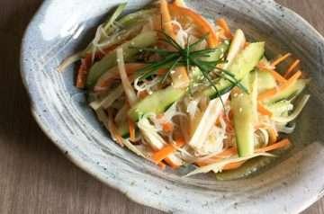insalata con vermicelli di soia