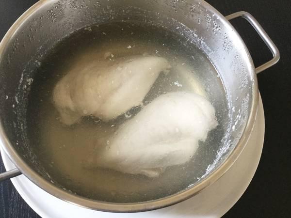 pollo lesso da insalata