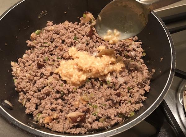 Ragu bianco con shiitake e shio koji