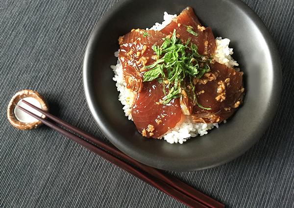 riso con tonno marinato alla salsa shoyu koji