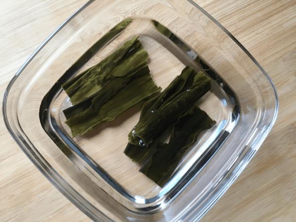 alga kombu in ammollo