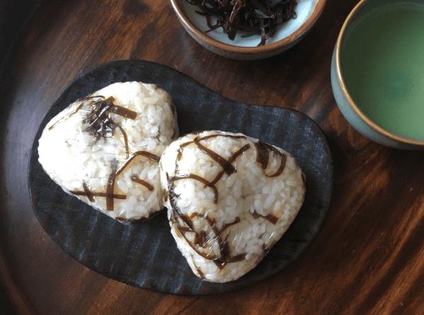 onigiri con shiokombu