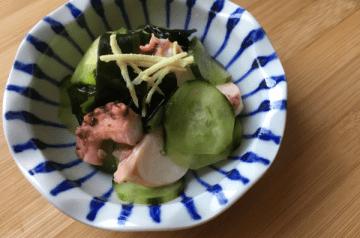 insalata di polpo e cetriolo e zenzero