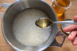 riso bollito con miele
